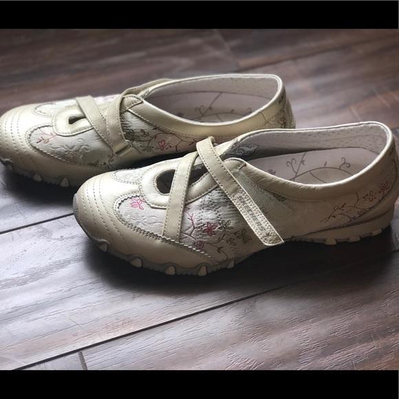 Cream Floral Flower Skechers Sneakers